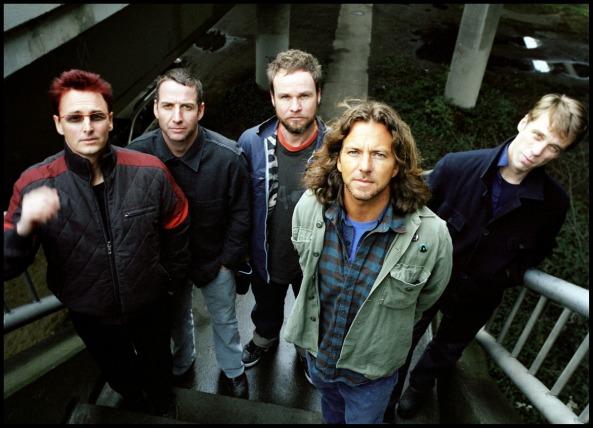 A banda na sua atual formação: Mike McGready (guitarra solo), Stone Gossard (guitarra base), Jeff Ament (baixo), Eddie Vedder (vocal) e Matt Cameron (bateria).