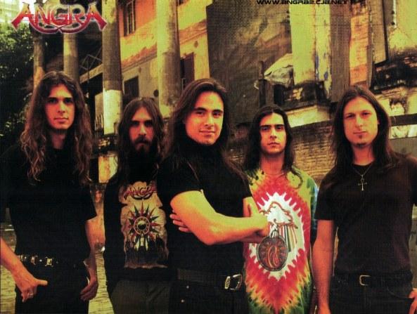 Formação que gravou o clássico disco de 96: Kiko Loureiro (guitarra), Luis Mariutti (baixo), André Mattos (vocal, piano), Ricardo Confessori (bateria) e Rafael Bittencourt (guitarra).